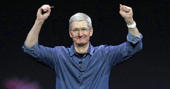 ล้ำหน้าโชว์ apple-ceo-tim-cook-351x185 รายงานระบุแอปเปิลกำลังทำแว่น AR พร้อมระบบปฏิบัติการ rOS เตรียมลุยตลาดปี 2020