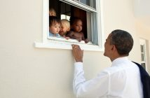 ล้ำหน้าโชว์ barack-obama-214x140 โอมาม่าทวีตสนับสนุนการต่อต้านการเหยียดชาติพันธุ์ กลายเป็นทวีตที่คนกด Like มากที่สุด