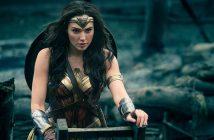 ล้ำหน้าโชว์ wonder-woman-214x140 DC เตรียมเลิกเชื่อมหนังเข้าจักรวาล DC Extended Universe ปล่อยหนังเดินเรื่องแยกออกจากกัน