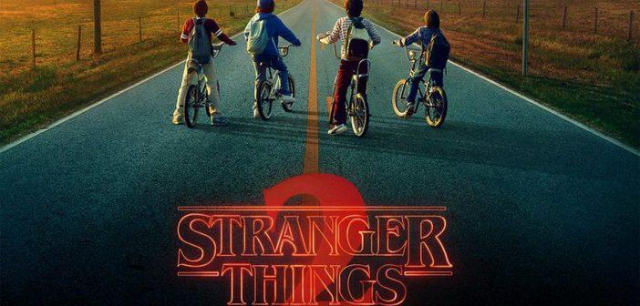 """ล้ำหน้าโชว์ strangerthings2-702x336 เจ้าพ่อนิยายสยองขวัญ """"Stephen King"""" เอ่ยปากชม Stranger Things 2 """"มันต้องแบบนี้สิ"""""""