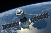 ล้ำหน้าโชว์ SpaceX ปรับแผนการปล่อยดาวเทียมใหม่ เพื่อช่วยลดขยะอวกาศให้น้อยลง Starlink project SpaceX